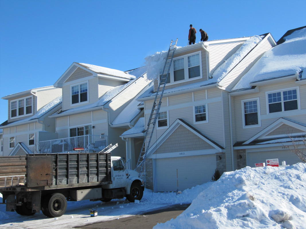 Town Home Roof Snow Removal